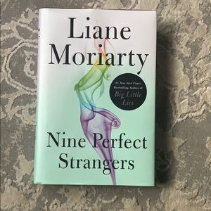 Nine Perfect Stranger by Liane Moriarty